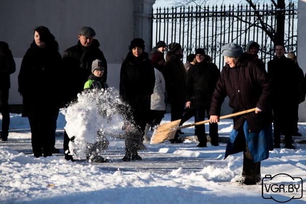 Шнек для уборки снега на мотоблок нева