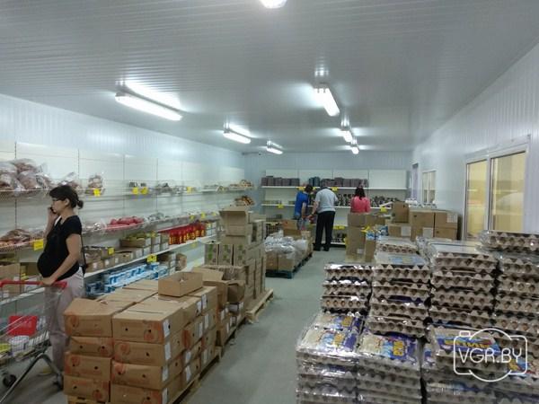 c54b19de35cfe Первый магазин российской сети «Светофор» работает в Гродно на улице 1 Мая  вот уже две недели. «Жесткий дискаунтер», как называется формат магазина,  ...